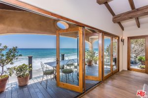 Malibu celebrity home for sale